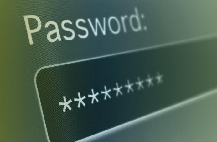 como estar seguro en internet fuerte contraseña